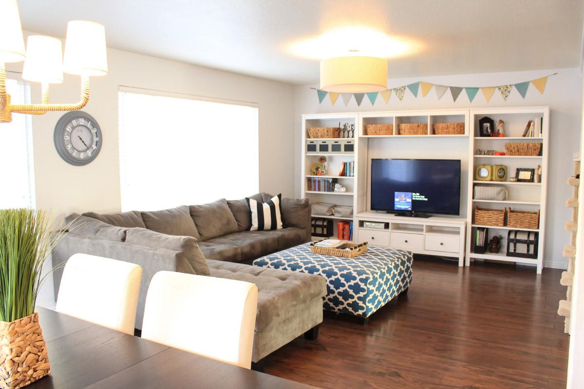 logan-living-room-2