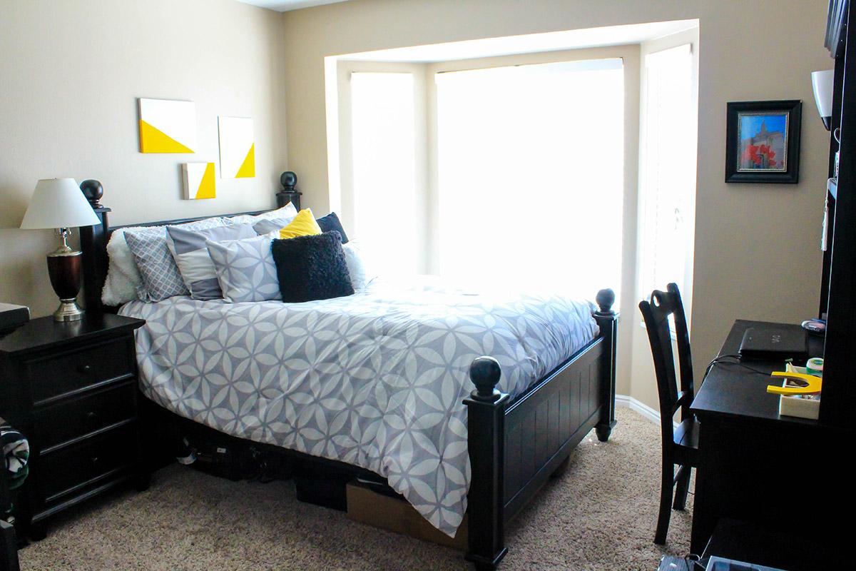alpine-condo-bedroom